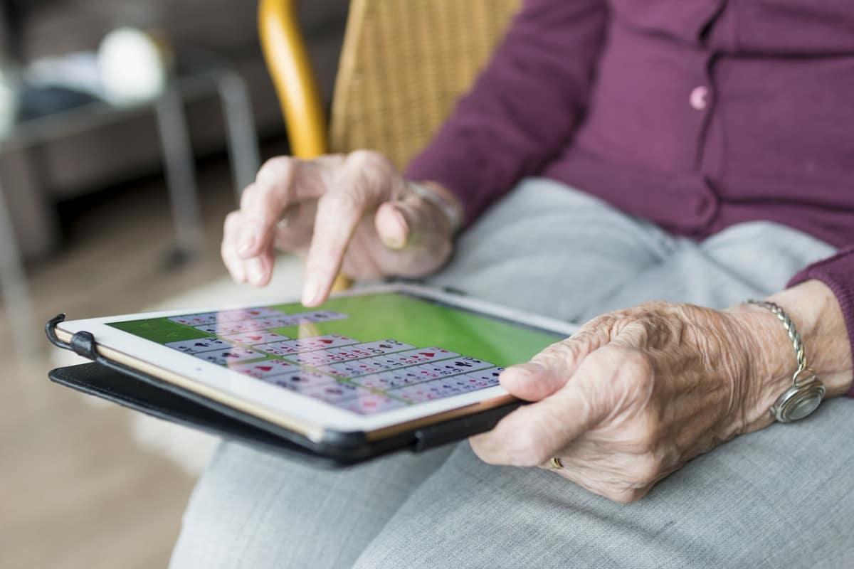 Maladie d'Alzheimer : et si l'on couplait activités physiques et cérébrales ? (photo : DR)