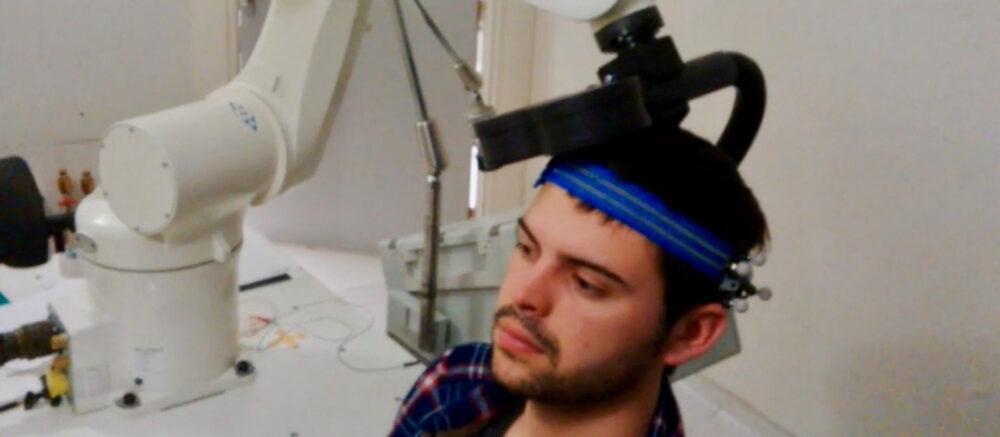 Stimuler le cerveau pour traiter les douleurs rebelles