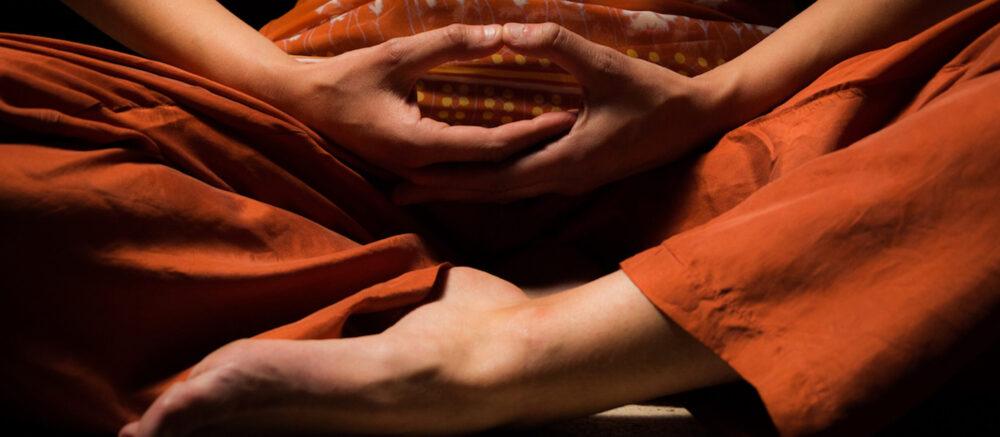 Quand les neuroscientifiques étudient le cerveau des pratiquants de la méditation de pleine conscience