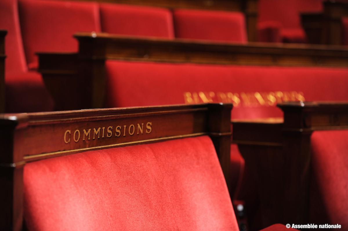 Hémicycle de l'Assemblée : le banc des commissions