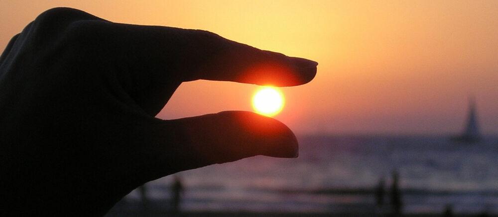 """Le simple fait d'entendre les mots """"soleil"""" ou """"nuit"""" fait réagir les pupilles"""
