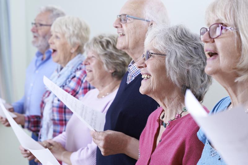 Chorale de seniors (©iStock)